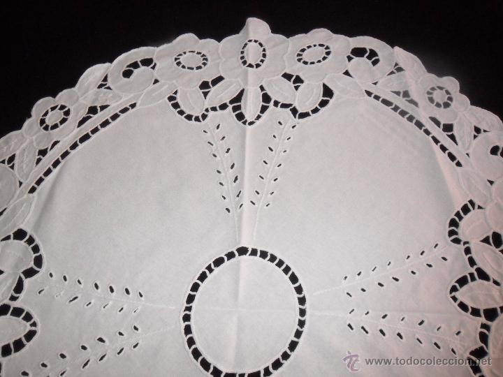 Antigüedades: Mantel / tapete modernista bordado a mano - Foto 3 - 49510547