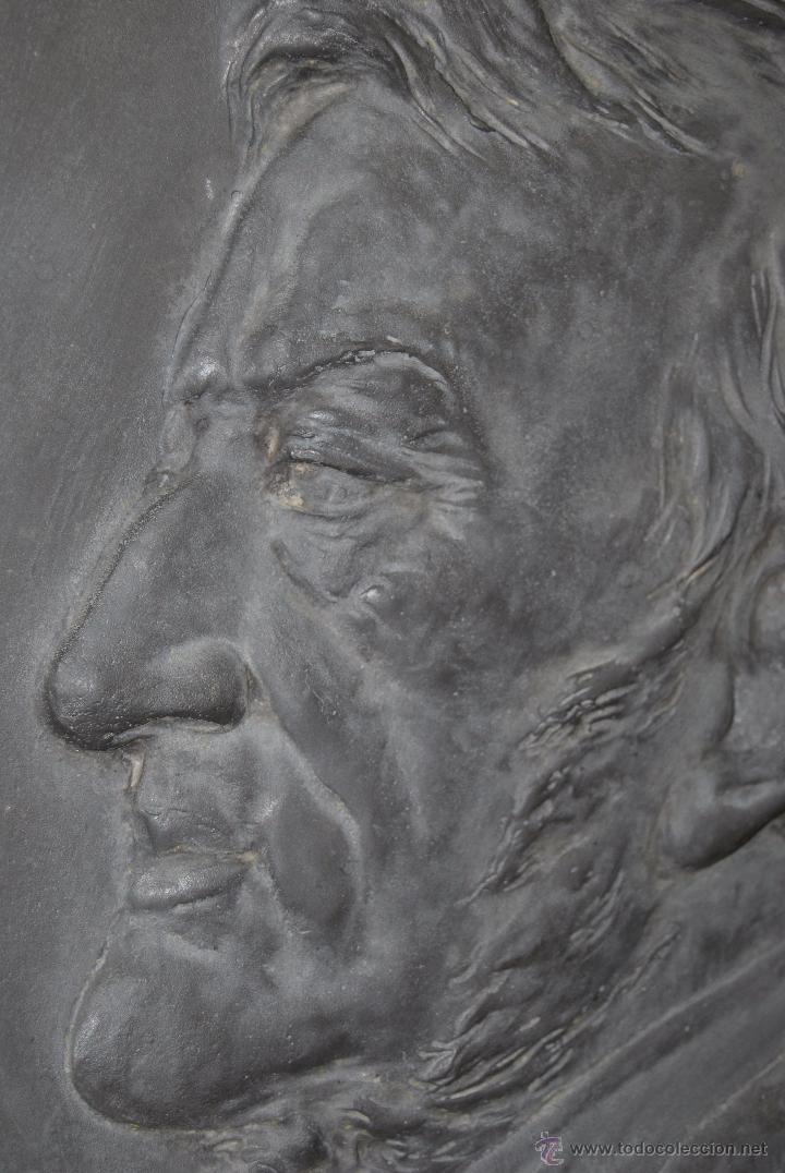 Antigüedades: PLATO DECORATIVO METAL - KAYSERZINN - WAGNER - ART NOUVEAU - MODERNISMO - MEDALLA - MEDALLÓN - 47 CM - Foto 7 - 49539276