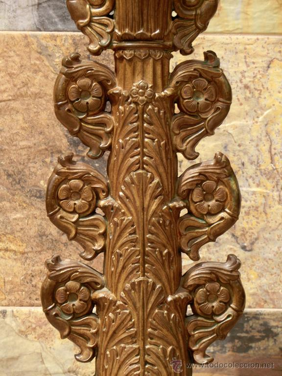 Antigüedades: ANTIGUO E IMPRESIONANTE CANDELABRO DE IGLESIA - LATÓN REPUJADO Y BRONCE - 7 BRAZOS - RELIGIOSO - Foto 3 - 49549887