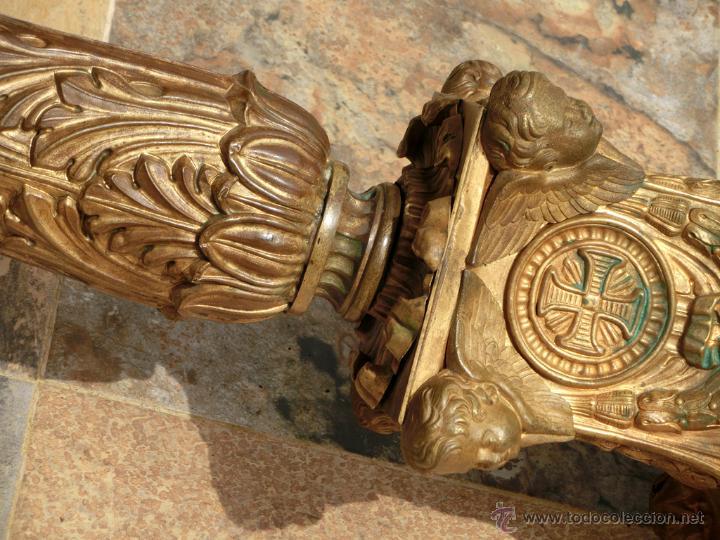 Antigüedades: ANTIGUO E IMPRESIONANTE CANDELABRO DE IGLESIA - LATÓN REPUJADO Y BRONCE - 7 BRAZOS - RELIGIOSO - Foto 28 - 49549887
