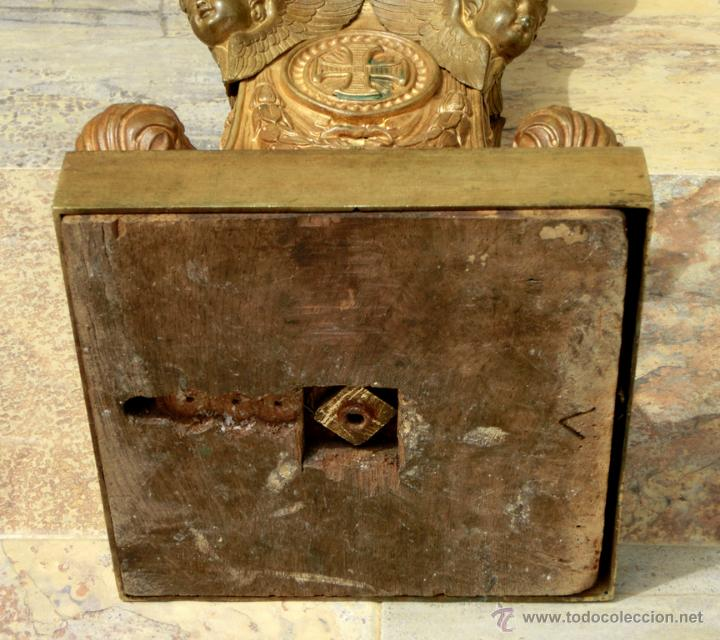 Antigüedades: ANTIGUO E IMPRESIONANTE CANDELABRO DE IGLESIA - LATÓN REPUJADO Y BRONCE - 7 BRAZOS - RELIGIOSO - Foto 34 - 49549887
