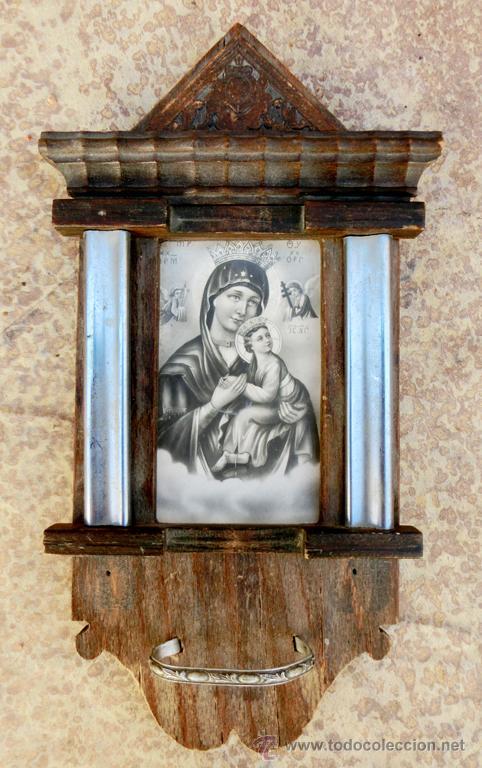 Antigüedades: ANTIGUA Y BONITA BENDITERA DE MADERA TALLADA - VIRGEN PERPETUO SOCORRO - Foto 6 - 49552111