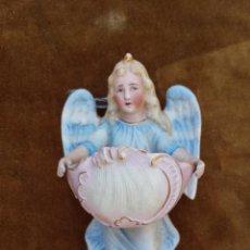 Antigüedades: PILA BENDITERA ANTIGUA EN FORMA DE ANGEL POLICROMADO. Lote 49567746