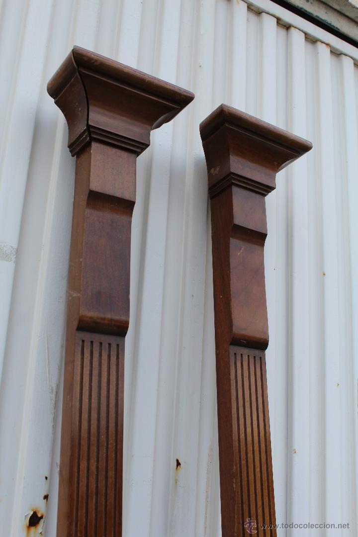 2 columnas en madera de nogal para decoracion d comprar for Adornos de madera para pared