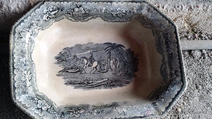 ANTIGUA FUENTE O ENSALADERA DE CARTAGENA, SELLADA. (Antigüedades - Porcelanas y Cerámicas - Cartagena)