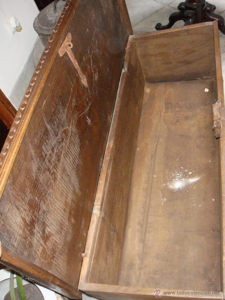 Antigüedades: Antiguo Arcón Asturiano. S.XVIII. Roble. Tallado. Conserva llave original. - Foto 3 - 49611747