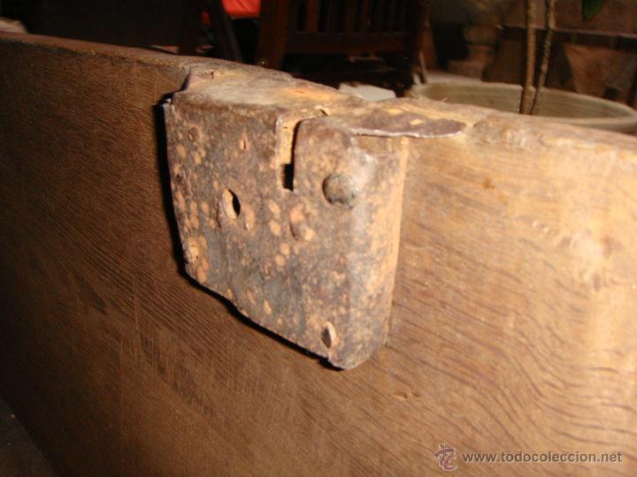 Antigüedades: Antiguo Arcón Asturiano. S.XVIII. Roble. Tallado. Conserva llave original. - Foto 5 - 49611747