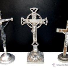 Antigüedades: FANTASTICO LOTE DE 3 CRUCES CRUCIFIJOS CRISTO METAL Y MADERA ANTIGUOS. 3 CRUZ CRUCIFIJO ANTIGUO. Lote 49614200
