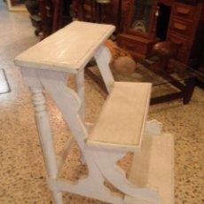Antigüedades: ANTIGUA ESCALERA DISEÑO CELTON DE PARIS. Lote 49621838
