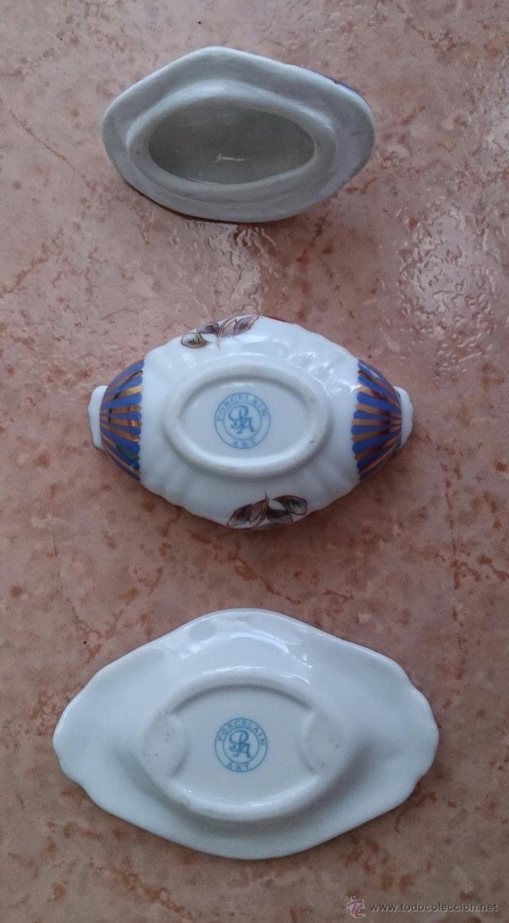 Antigüedades: Bella sopera en porcelana policromada de colección con bandeja , detalles en oro de 18 k, sellada . - Foto 7 - 49639974