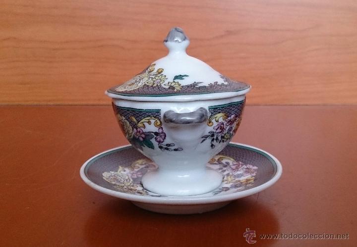 Antigüedades: Magnífica sopera en porcelana policromada con motivos florales de colección con bandeja , sellada - Foto 4 - 49643628