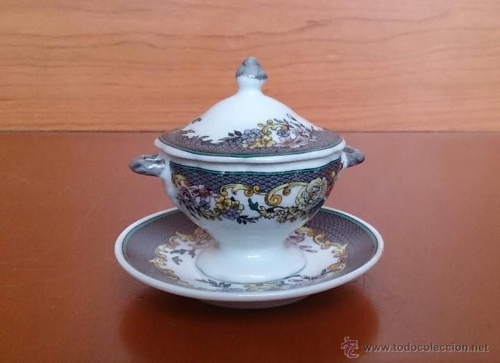 Antigüedades: Magnífica sopera en porcelana policromada con motivos florales de colección con bandeja , sellada - Foto 5 - 49643628