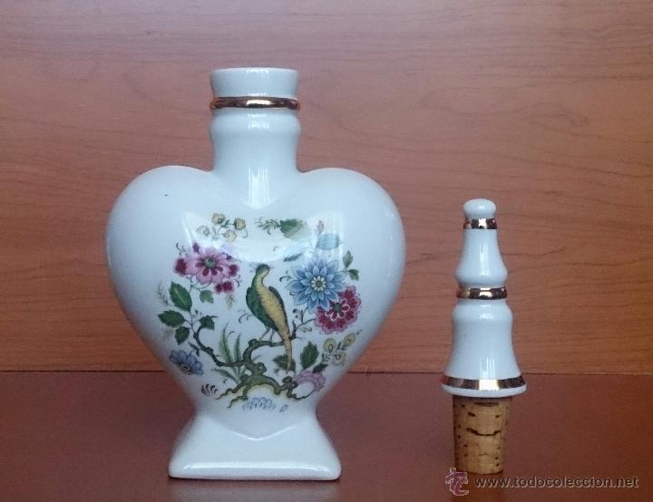 Antigüedades: Bello perfumero antiguo en porcelana francesa policromada con filo de oro de ley . - Foto 10 - 49701862
