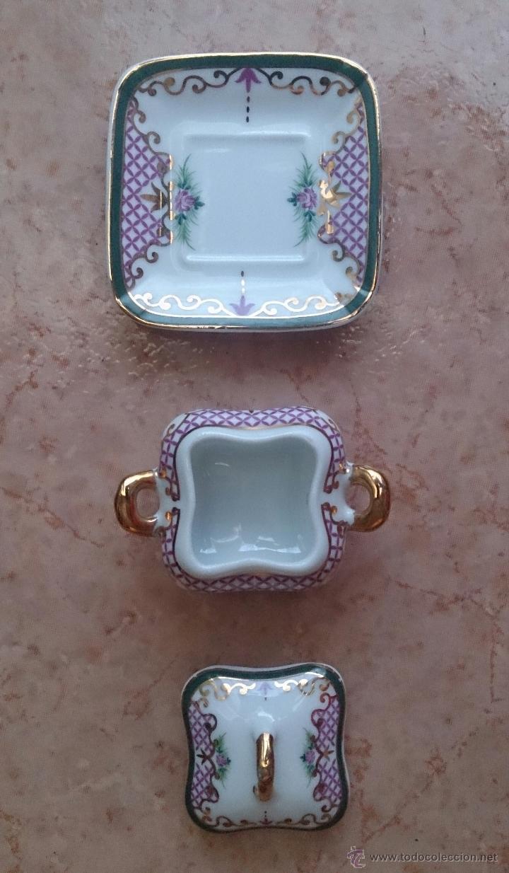 Antigüedades: Sopera en porcelana con motivos florales y detalles en oro de ley 18 k, sellada, pieza de colección. - Foto 6 - 61650135