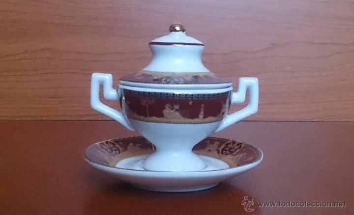 Antigüedades: Sopera en porcelana con motivos helénicos y detalles en oro de ley 18 k, sellada, pieza de colección - Foto 3 - 49707311