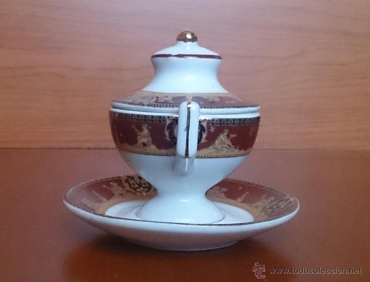 Antigüedades: Sopera en porcelana con motivos helénicos y detalles en oro de ley 18 k, sellada, pieza de colección - Foto 4 - 49707311