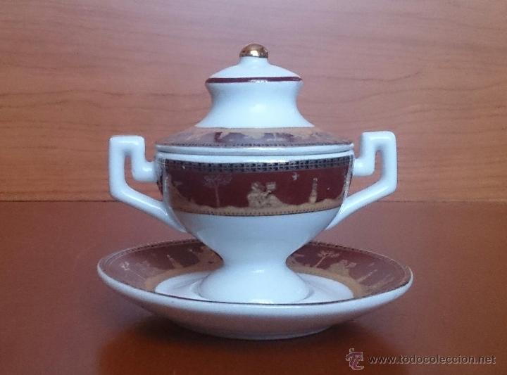 Antigüedades: Sopera en porcelana con motivos helénicos y detalles en oro de ley 18 k, sellada, pieza de colección - Foto 5 - 49707311