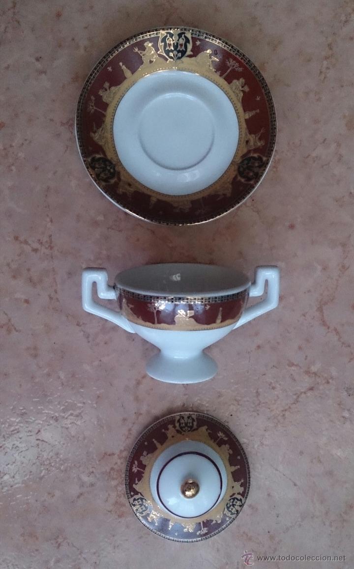 Antigüedades: Sopera en porcelana con motivos helénicos y detalles en oro de ley 18 k, sellada, pieza de colección - Foto 6 - 49707311