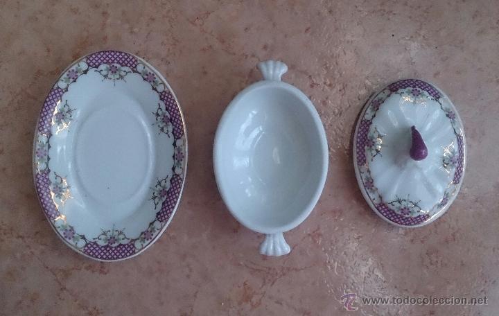 Antigüedades: Sopera en porcelana con motivos florales y detalles en oro de ley 18 k, sellada, pieza de colección. - Foto 6 - 49707589