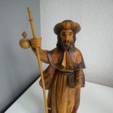 Antigüedades: ANTIGUA ESCULTURA DE SANTIAGO DE COMPOSTELA HECHA A MANO MADERA MACISA .. Lote 49718373