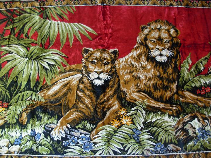 Antigüedades: Antiguo tapiz aterciopelado de leones. 1,73 cm X 1,17 CM - Foto 8 - 49758708