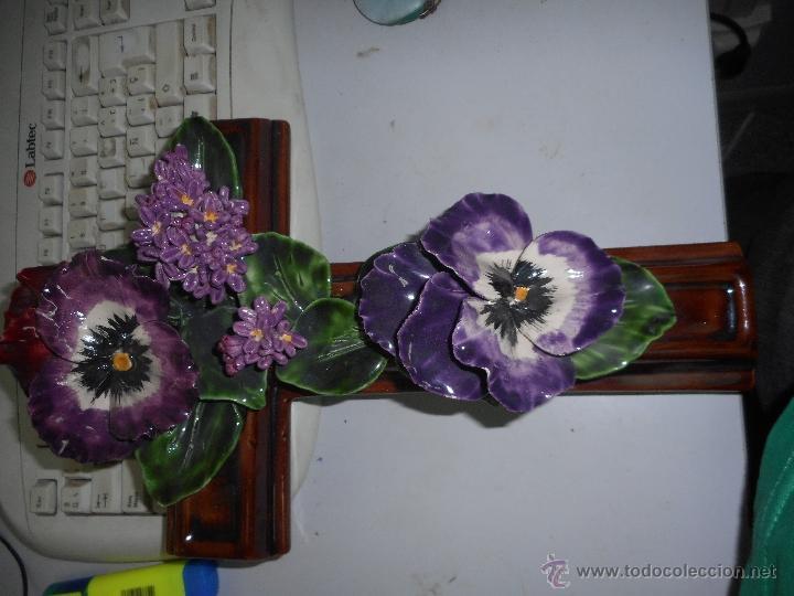 Antigüedades: preciosa y gran cruz de porcelana o ceramica perfecto estado - Foto 4 - 49763199