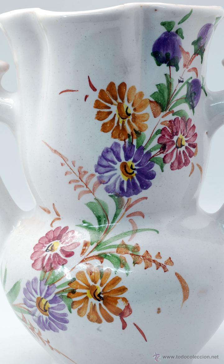 Antigüedades: Jarra novia Lorca cerámica Lario blanco con flores años 50 - Foto 8 - 49785062