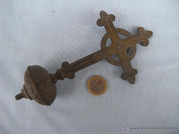 Antigüedades: ANTIGUA CRUZ PROCESIONAL EN BRONCE. - Foto 4 - 49793588