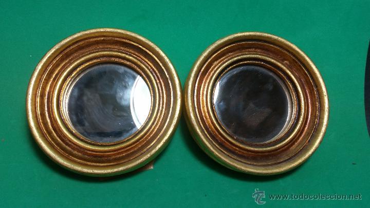 Vieja pareja de espejos redondos peque os mader vendido - Espejos redondos pequenos ...