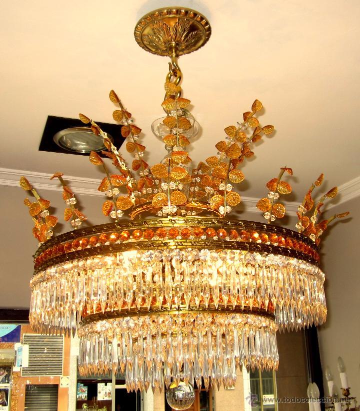 MARAVILLOSA LAMPARA DE BRONCE CINCELADO Y CRISTAL TALLADO (Antigüedades - Iluminación - Lámparas Antiguas)