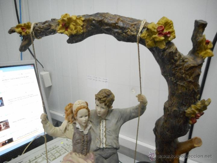Antigüedades: preciosa figura gran tamaño pareja en columpio - Foto 2 - 49843315
