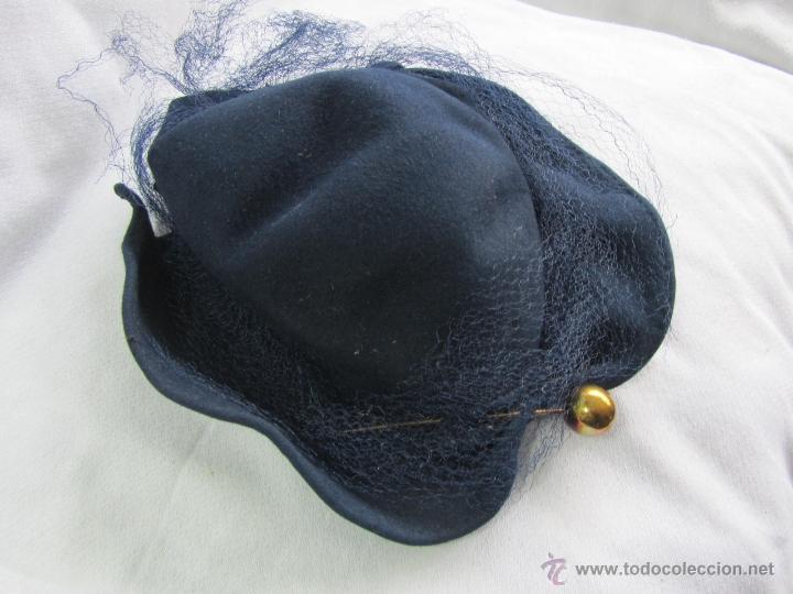 Antigüedades: Antiguo sombrero de señora con alfiler dorado - Foto 3 - 49853455