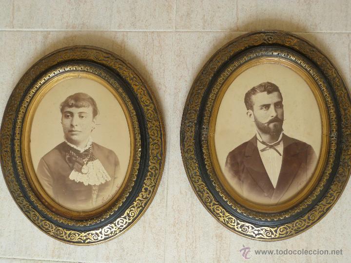 Dos antiguos marcos ovalados de madera sobredor comprar marcos antiguos de cuadros en - Marcos clasicos para cuadros ...