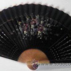 Antigüedades: ABANICO TELA MADERA, PINTADO A MANO. Lote 49869796