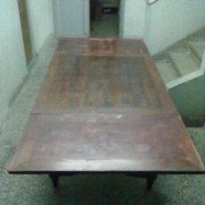 Antigüedades: MESA CAOBA EXTENSIBLE DE COMEDOR PARA RESTAURAR. Lote 49928103