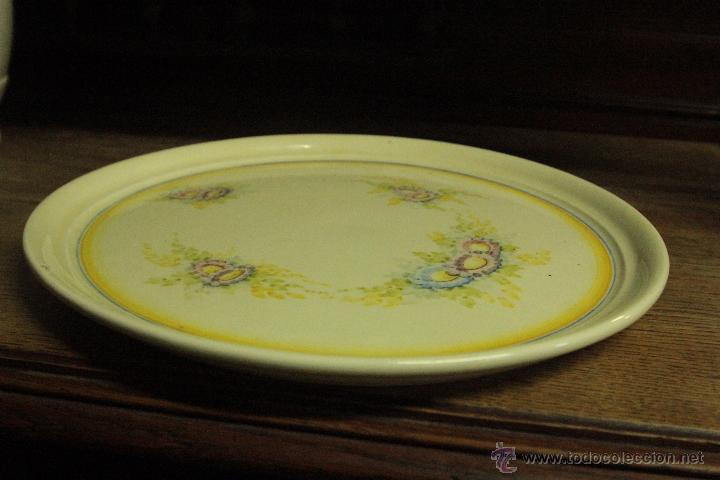 Antigüedades: Preciosa bandeja cerámica decorada a mano - Foto 2 - 49931969