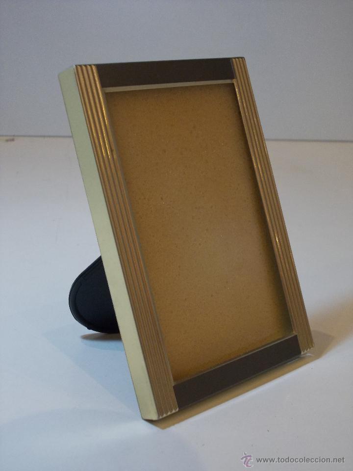Antigüedades: portaretratos en metal plateado y enmacado en cristal marca hofman - Foto 3 - 49944177