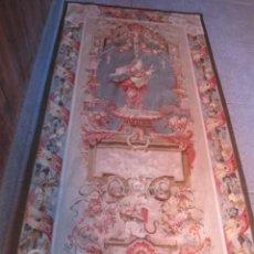 Antigüedades: PRECIOSO TAPÍZ HECHO A MANO. MEDIDA: 250 X 123 CMS.. Lote 49949699