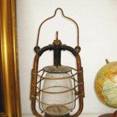 Antiquitäten - FAROL ANTIGUO MARINE QUINQUE ORIGINAL DE BARCO EN HIERRO NEGRO Y DORADO Y CRISTAL - 49950691