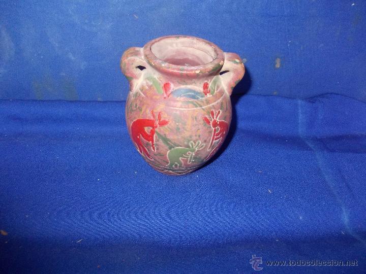 VASIJA DE BARRO CON FIGURAS (Antigüedades - Porcelanas y Cerámicas - Otras)