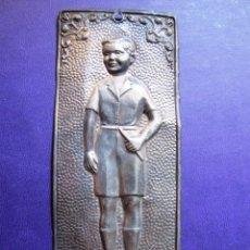 Antigüedades: PLACAS DE PLATA REPUJADA, PAREJA.. Lote 49962191