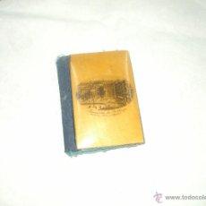Antigüedades: ANTIQUISIMO COSTURERO DE BOLSILLO ,ES DE LOS AÑOS 30 EN MADERA RDO PASEO DEL ARENAL DE BILBAO. Lote 49963607