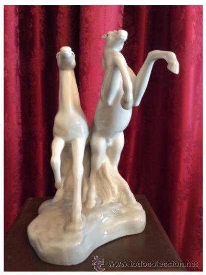 Antigüedades: Pareja de caballos / Porcelana / - Foto 2 - 49977848