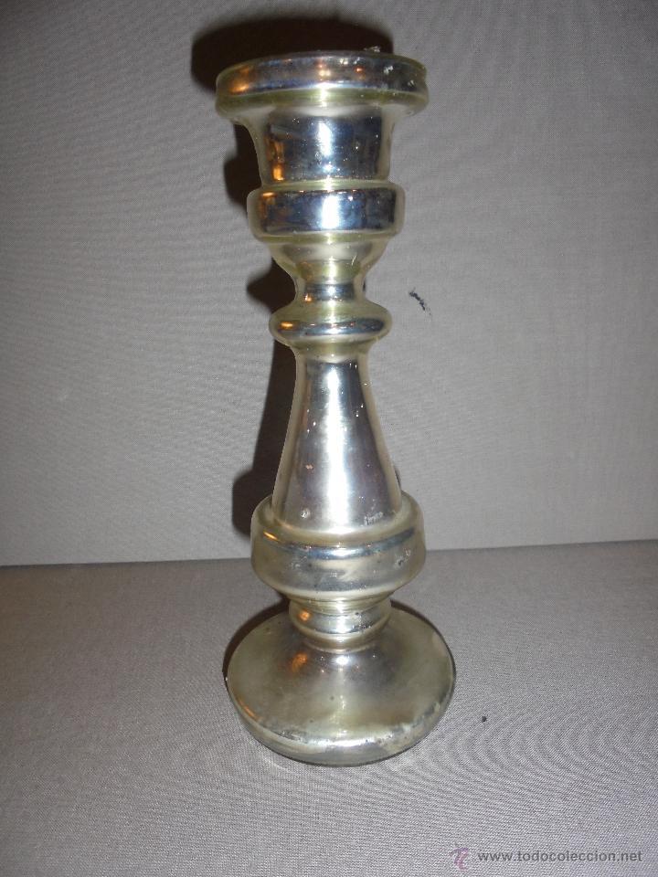 (M) ANTIGUO CANDELERO DE CRISTAL SOPLADO ESPEJO DE MERCURIO .PRINCIPIO S. XIX 20,5X9 CM. ORIGINAL (Antigüedades - Cristal y Vidrio - La Granja)