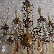 Antigüedades: ANTIGUA LAMPARA DE BRONCE Y MARMOL CON LAGRIMAS DE CRISTAL. Lote 50018198