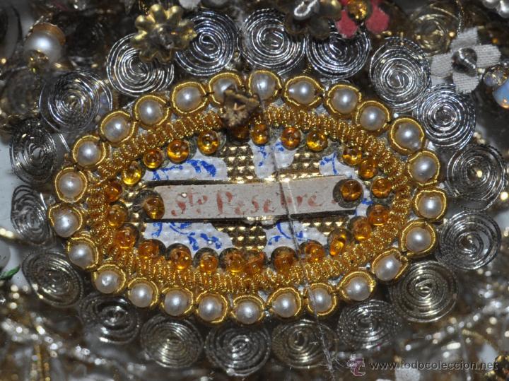 Antigüedades: SENSACIONAL RELICARIO CON 12 RELIQUIAS DE SANTOS DEL SIGLO XIX - Foto 13 - 50034040