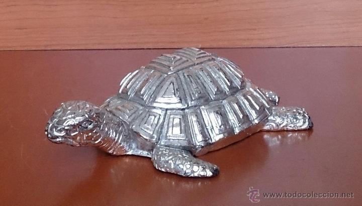 Antigüedades: Bella figura de tortuga en plata de ley Italiana laminada y contrastada en la base . - Foto 2 - 50055979