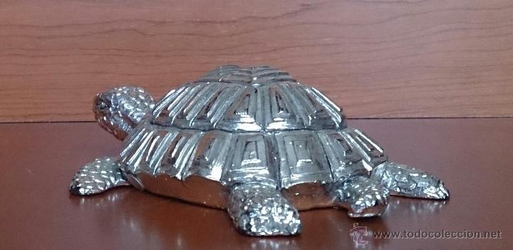 Antigüedades: Bella figura de tortuga en plata de ley Italiana laminada y contrastada en la base . - Foto 8 - 50055979