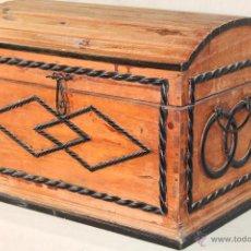 Antigüedades: BAUL - COFRE EN MADERA. Lote 50064710