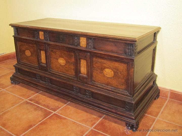 Subastas Muebles Antiguos Barcelona : Caja novia madera nogal comprar baúles antiguos en